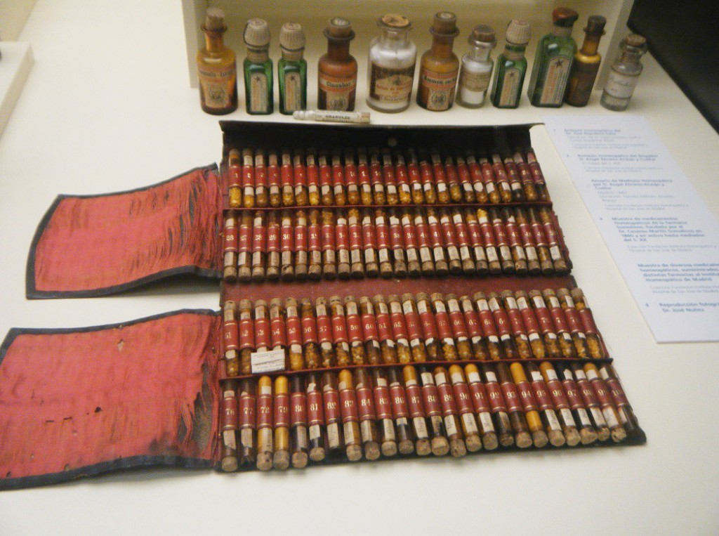 Figura 6. Botiquín homeopático del s.XIX